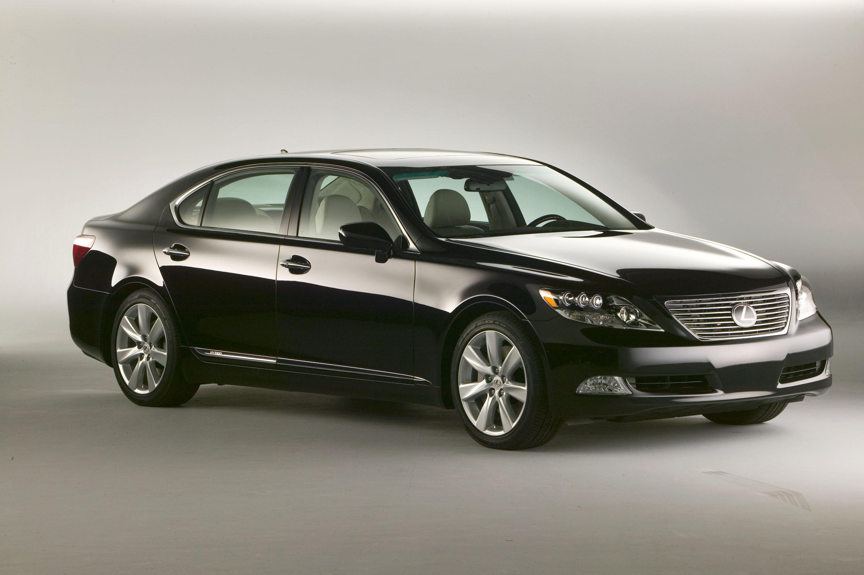 Lexus LS (Лексус ЭлЭс)- выпускаемый маркой Lexus полноразмерный седан люкс-класса.