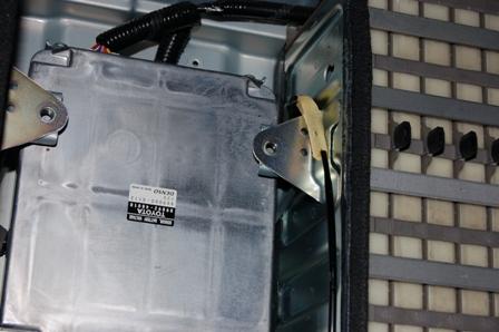 Блок управления гибридныйм аккумулятором на лексусе гибрид