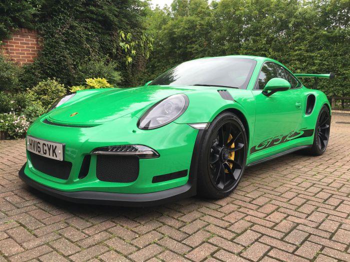 RS-Green-Porsche-911-GT3-RS-1