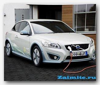 1366809634_elektromobil-volvo-c30-electric-zaryazhayuschiysya-za-15-chasa
